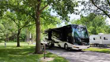 west-lake-park-campground-davenport-ia-04