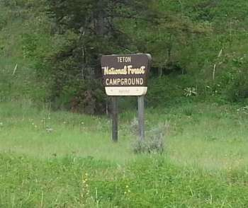 hatchet-campground-sign
