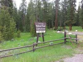 lake-creek-campground-cody-wyoming