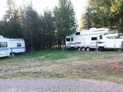 robins-roost-rv-sites-island-park-id-2