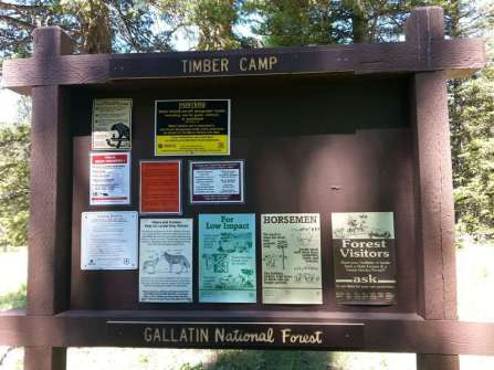 timber-camp-campground-gardiner-montana-sign