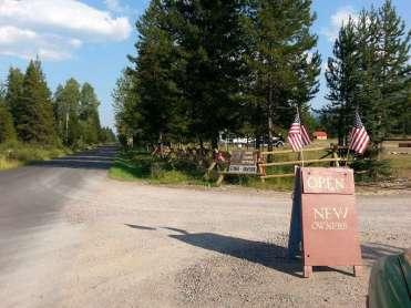 home-ranch-bottoms-campground-polebridge-montana-sign