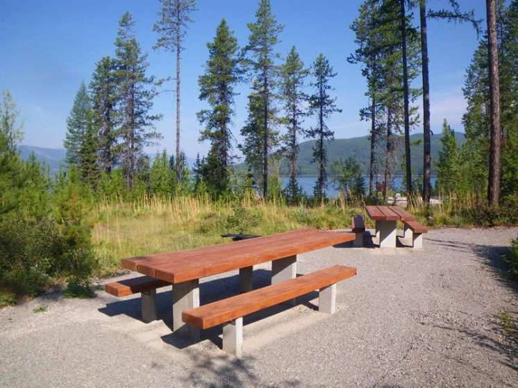 murray-bay-campground-hungry-horse-montana-site