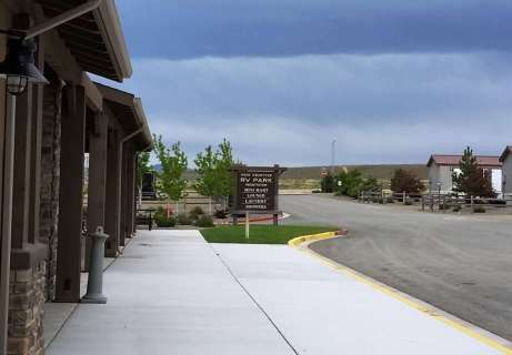 new-frontier-rv-park-winnemucca-nv-06