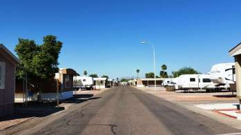 mm-villas-rv-sites-mesa-az-5
