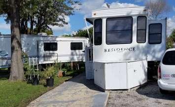 melrose-trailer-park-vista-ca-1
