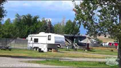 Wagons West Motel and RV Park