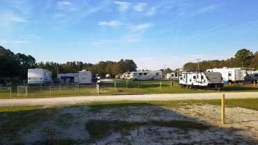 seahaven-marine-rv-park-sneads-ferry-nc-12