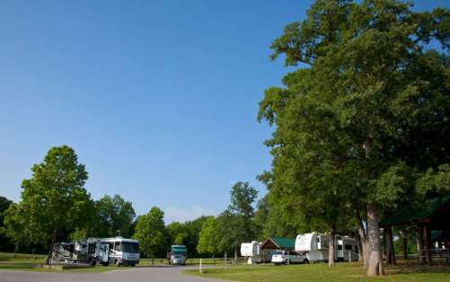 The Vineyards Campground & Cabins on Grapevine Lake