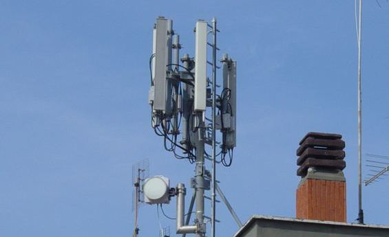 """Pozzuoli, la giunta approva il piano antenne. Figliolia: """"Siamo uno dei pochi comuni in Italia ad averlo fatto"""""""
