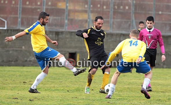 Rione Terra ko con la capolista Atletico Vesuvio