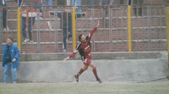 AMARCORD FLEGREI: 16 aprile 2000, la promozione in C2 della Puteolana raccontata dal bomber Angelo Zottoli!