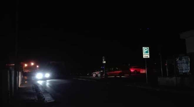 """""""Via Miseno senza illuminazione bisogna intervenire per la nostra sicurezza"""" l'allarme arriva da Bacoli"""