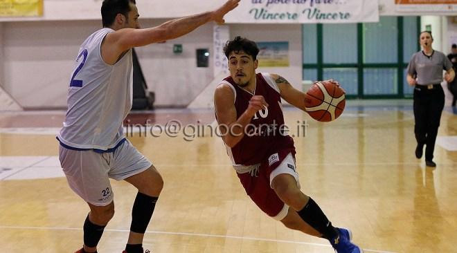 Virtus Pozzuoli Basket, Nicola Longobardi: sono orgoglioso di indossare la maglia della mia città. L'obiettivo è la salvezza ma se dovessero arrivare risultati migliori…
