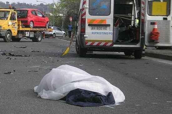 POZZUOLI/ Incidente in via Campiglione: morto un giovane di Monterusciello