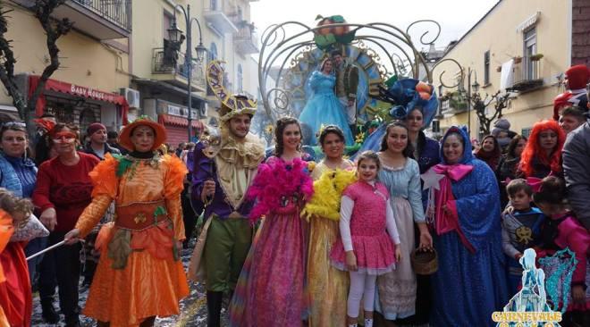 BACOLI/ Sabato a Cappella il Carnevale nell'antico Borgo del Casale