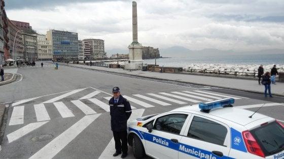 Smog, superati i limiti, domani a Napoli divieto di circolazione