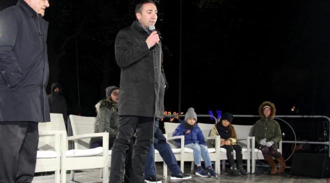 """QUARTO/ L'opposizione attacca il sindaco Sabino: """"Quarto in luce come Luci d'Artista?"""""""