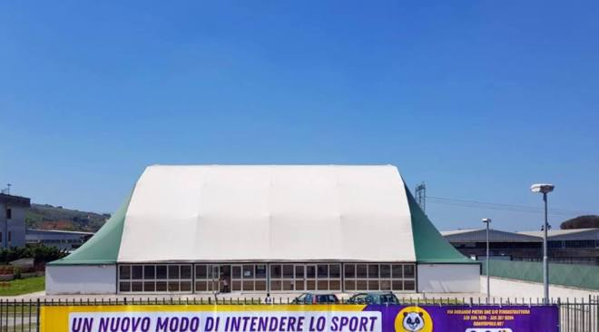 """IL CASO/ Tensostruttura via Petri, Quarto Polo: """"Cinque mesi di ritardi del Comune, impianto ancora non operativo"""""""