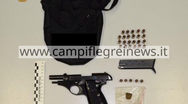 VARCATURO/ Ruba di nascosto le armi del nonno, arrestato un 20enne