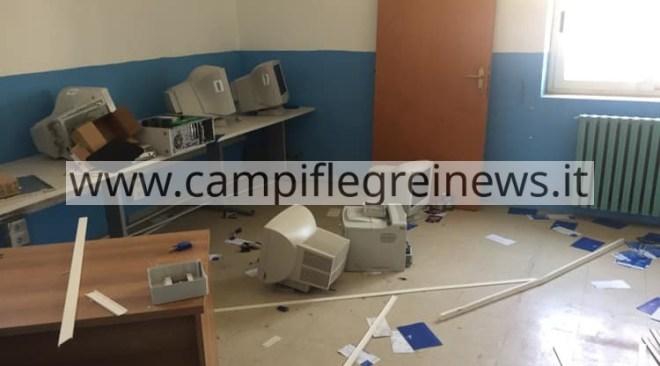 BACOLI/ Vandalizzati e distrutti i locali dell'ex 2° Circolo Didattico del Fusaro|FOTO