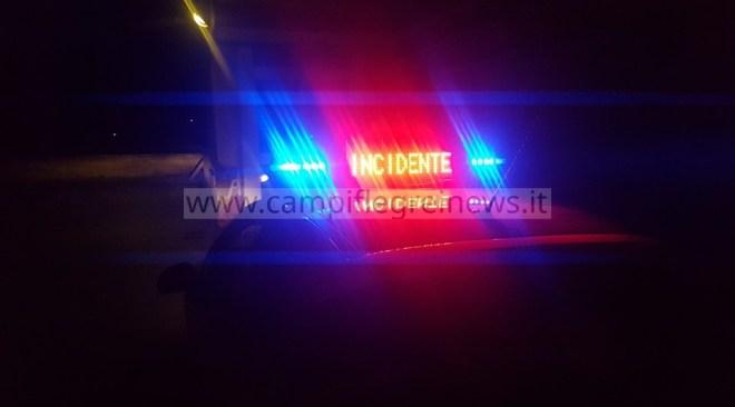 QUARTO/ Spaventoso incidente in via Montagna Spaccata, due giovani trasportati in ospedale