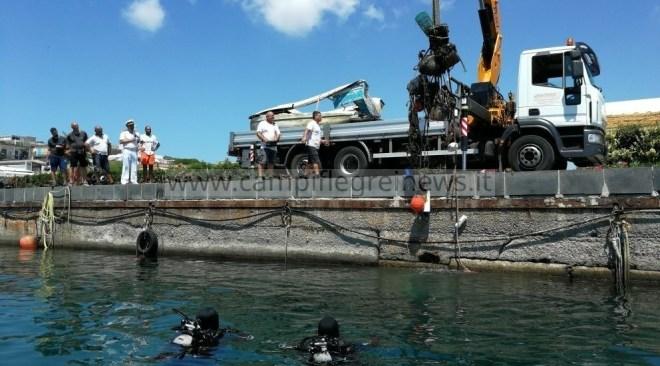 BACOLI/ Ormeggi abusivi sequestrati a Marina Grande, liberati 6mila mq di mare e 300 di spiaggia