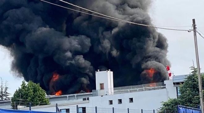 ULTIMORA/ Boato e poi le fiamme alte: 5 feriti di cui uno grave in una fabbrica