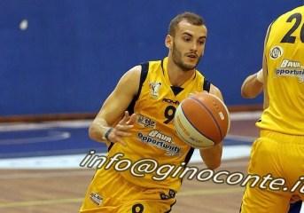"""Basket – Virtus Pozzuoli, il nuovo capitano Nicola Savoldelli: """"Saremo una squadra totalmente diversa, qui non si è mai vista una squadra così"""""""
