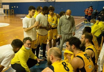 Basket – Iniziano i play out di serie B. Virtus Pozzuoli accoppiata a Monopoli con tre partite in casa