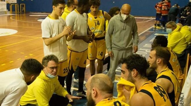 Basket – Iniziano i play out di serie B. Virtus Pozzuoli accoppiata a Monopoli con tre partite in casa