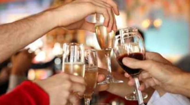 Licola, 28 sanzionati per una festa di comunione in casa