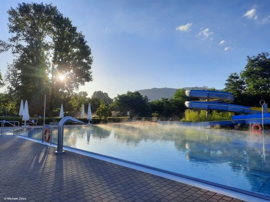 Schwimmbad Fürth Odenwald am Campingplatz