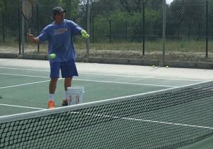 courts tennis entre amis ou en stage