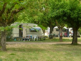 emplacements-camping-lalande-(12)