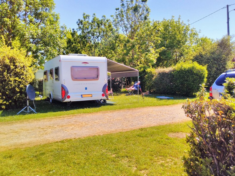emplacements-camping-lalande-(22)