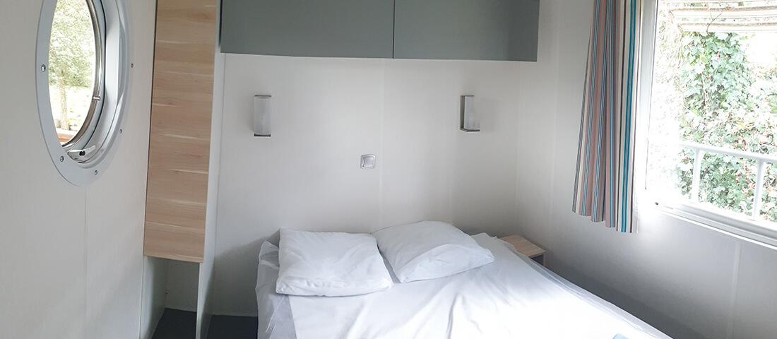 chambre_double_mobil_home_climatisé_vernet_les_bains_thermes