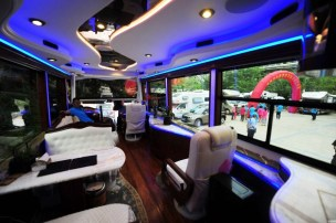 Plus_grand_camping_car_Chine_05