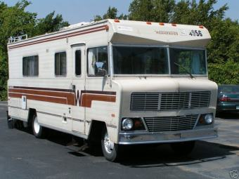 04_winnebago_chieftain_1978