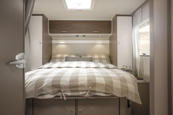 Couchage 150 x 195 cm, sommier à lattes et matelas haute qualité, le confort nocturne est au rendez-vous.