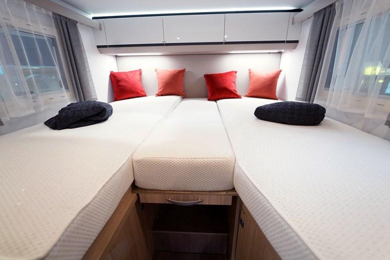 Avec 80 cm de largeur chacun, les lits jumeaux garantissent un bon confort nocturne.