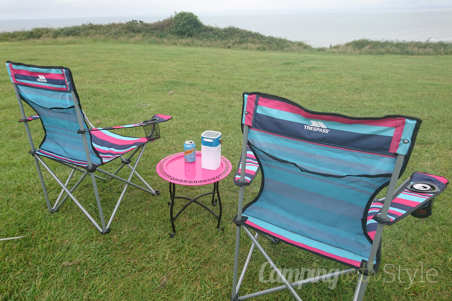 camping sofa uk manufacturers in mumbai trespass branson folding chair review