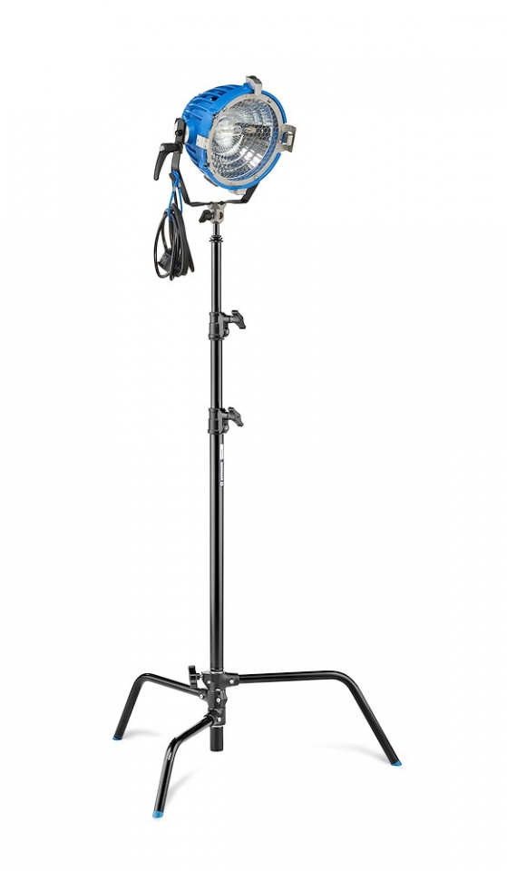 c stands c stand 22 with detacheable base black a2022dcb w light