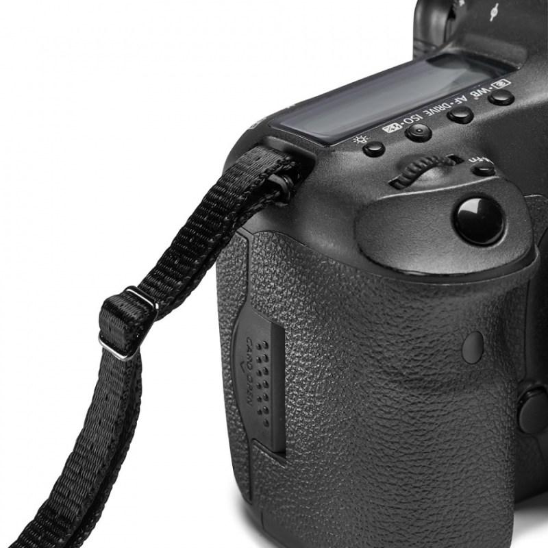 gitzo century camera straps camera attchament 02