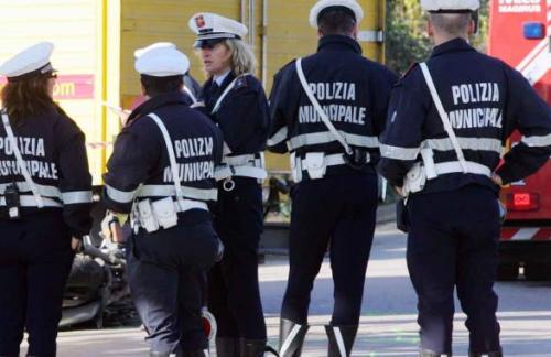 """Polizia municipale fuori dai seggi  La Cisl: """"Scelta incomprensibile"""""""