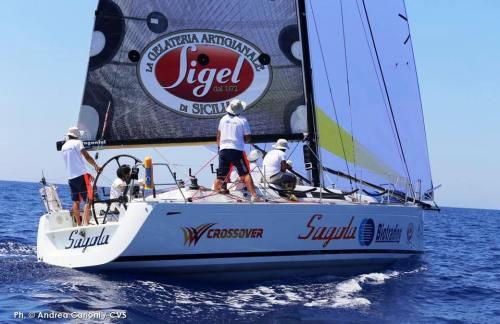"""32° edizione della Coppa Italia di Vela d'Altura: Il guidone dello Yacht Club Favignana """"Sagola"""" in pole position"""