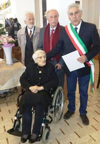 centenaria