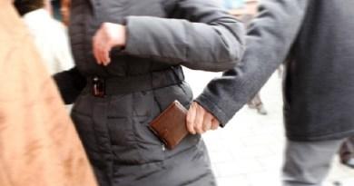 Sgominata banda di borseggiatori all'interno di supermarket: tre arresti