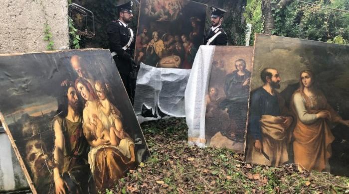 [Video] Zagarolo. Irruzione in un casolare di campagna: i carabinieri ritrovano dipinti rubati del XVII secolo