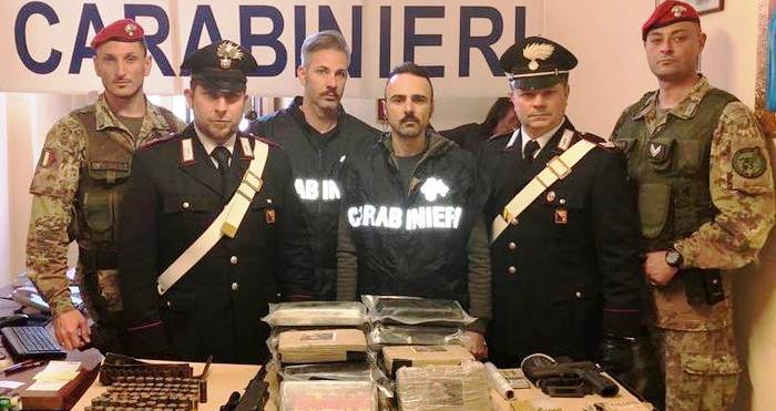 Catania. Cc sequestrano 21 kg cocaina per un valore di 4 milioni di euro